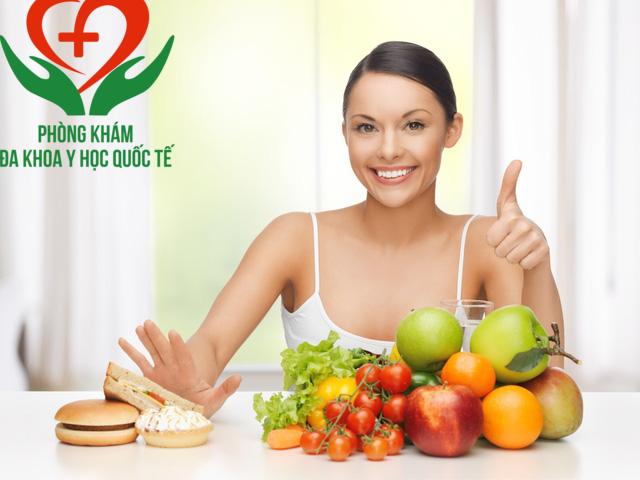 Khi bị lộ tuyến nên ăn gì để sức khỏe hồi phục tốt